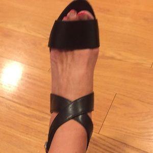 Banana Republic sandals size 9.5